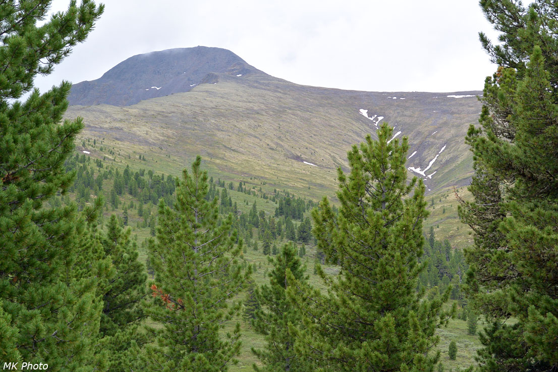 Гора Тумбусун-Дулга-Восточная и истоки Усуна