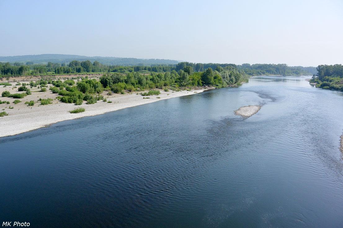 Вид на р. Томь с моста вниз по течению