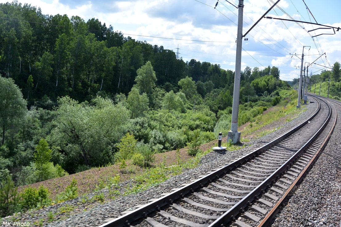 Железная дорога вдоль р. Издревая