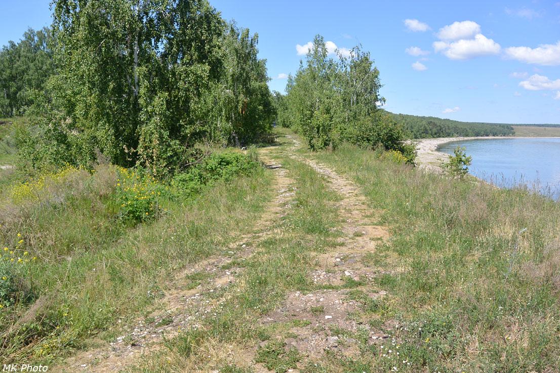 Дорога по остаткам нижней ветки