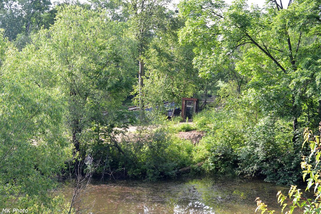 Мост через Матвеевку к селу Цветковка