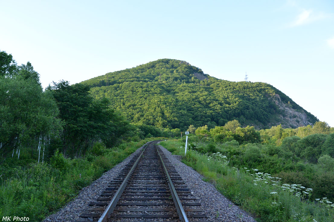 Гора 497 м