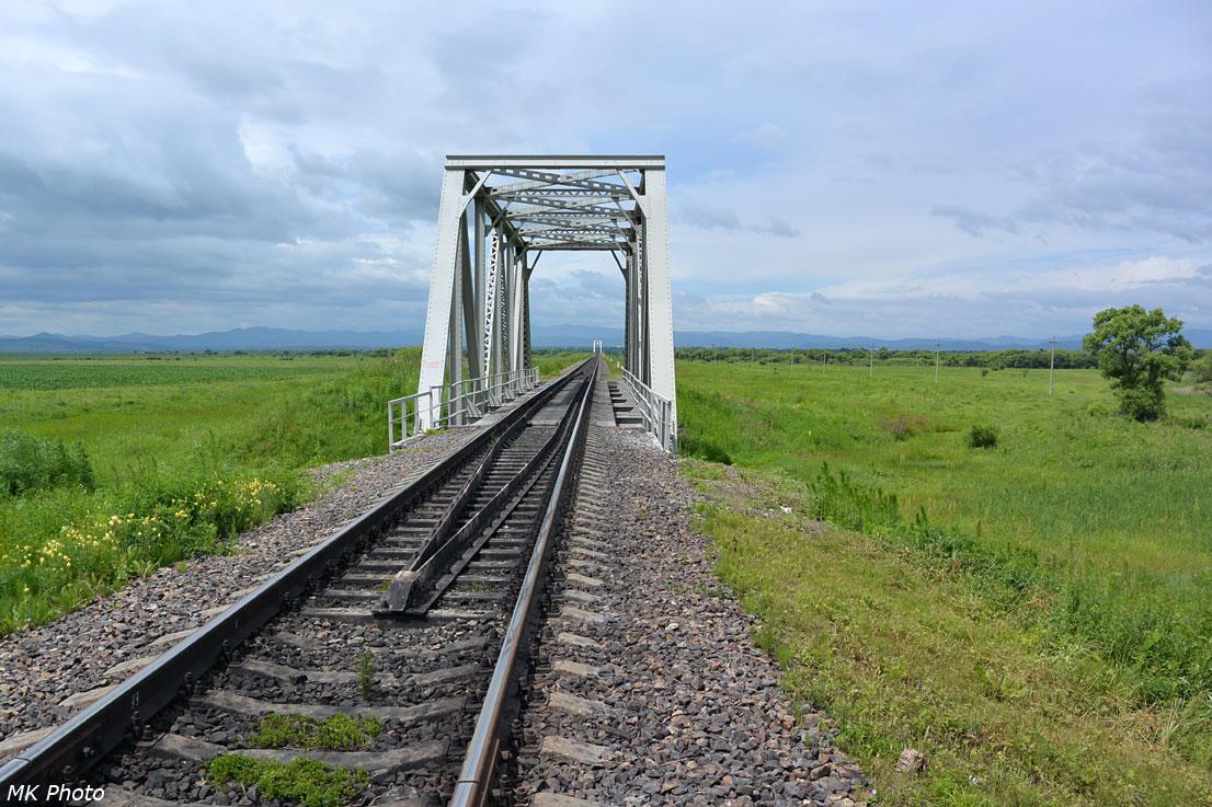 Мост через безымянный ручей