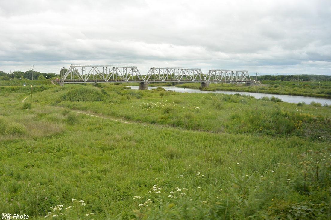 Чётный мост через р. Кия