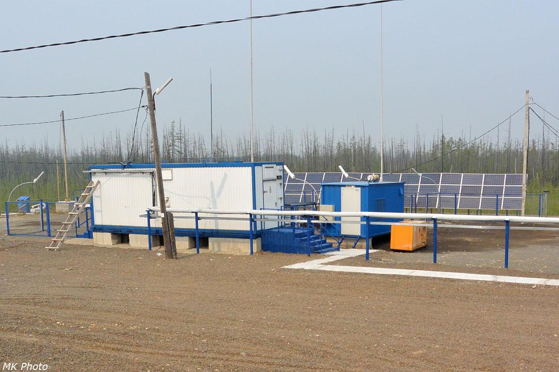 Дизель-генератор и солнечные батареи