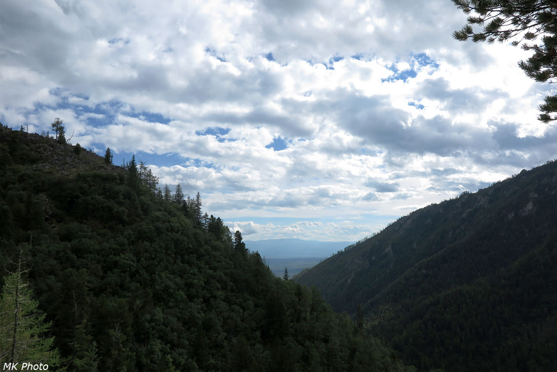Узкая долина Толты