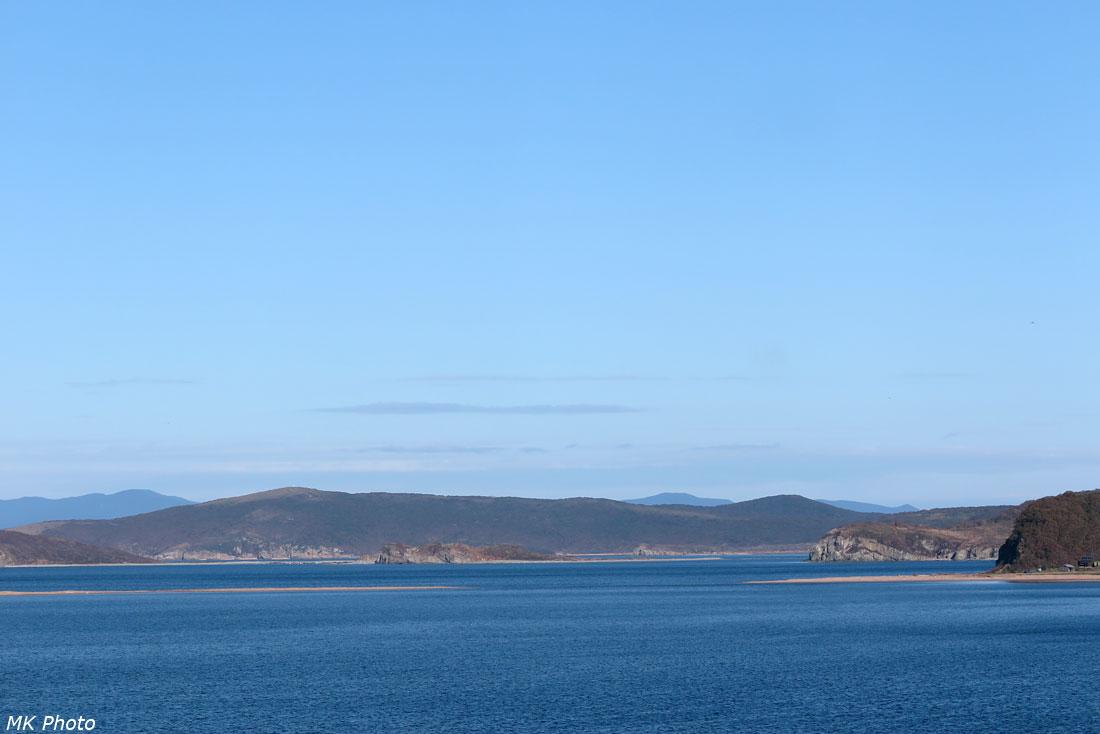 Вид на перемычку между островами
