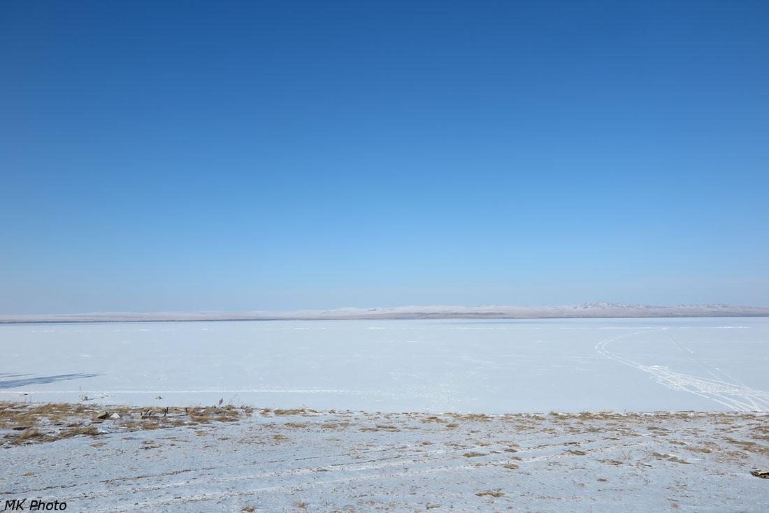 Вид с берега озера от пос. Жемчужный