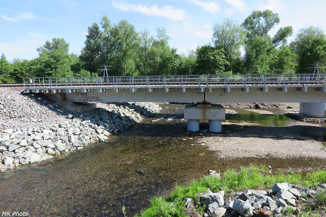 Мост через р. Монча