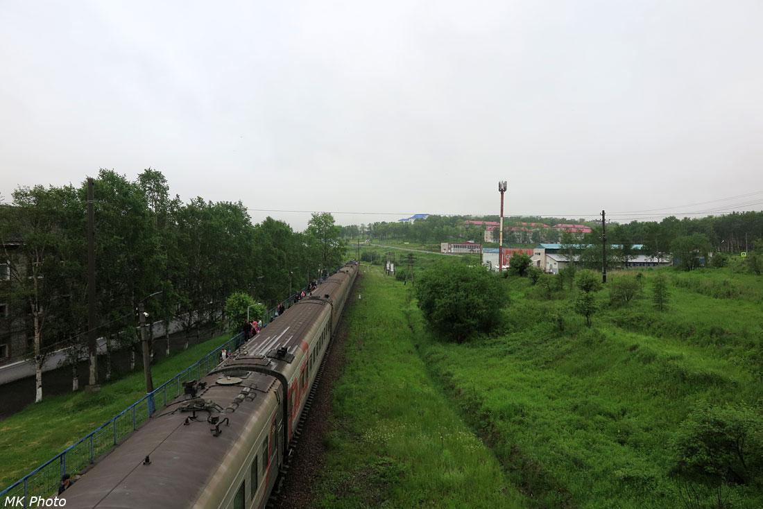 Поезд у перрона Ванино