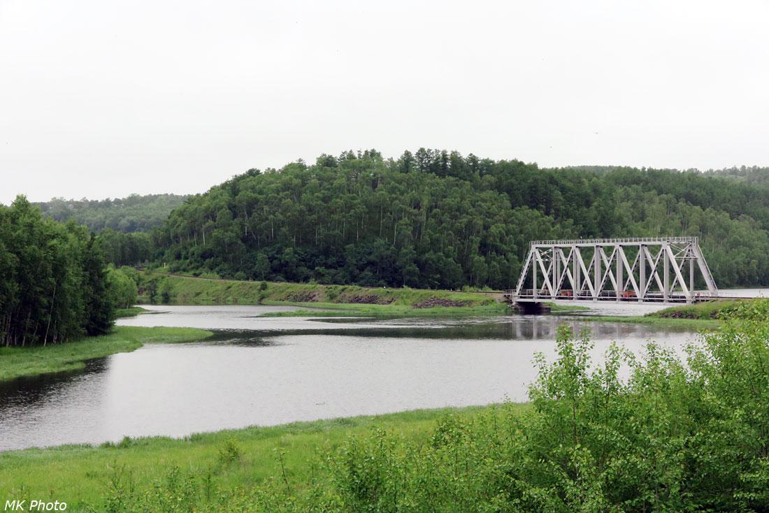 Ж/д мост через р. Май