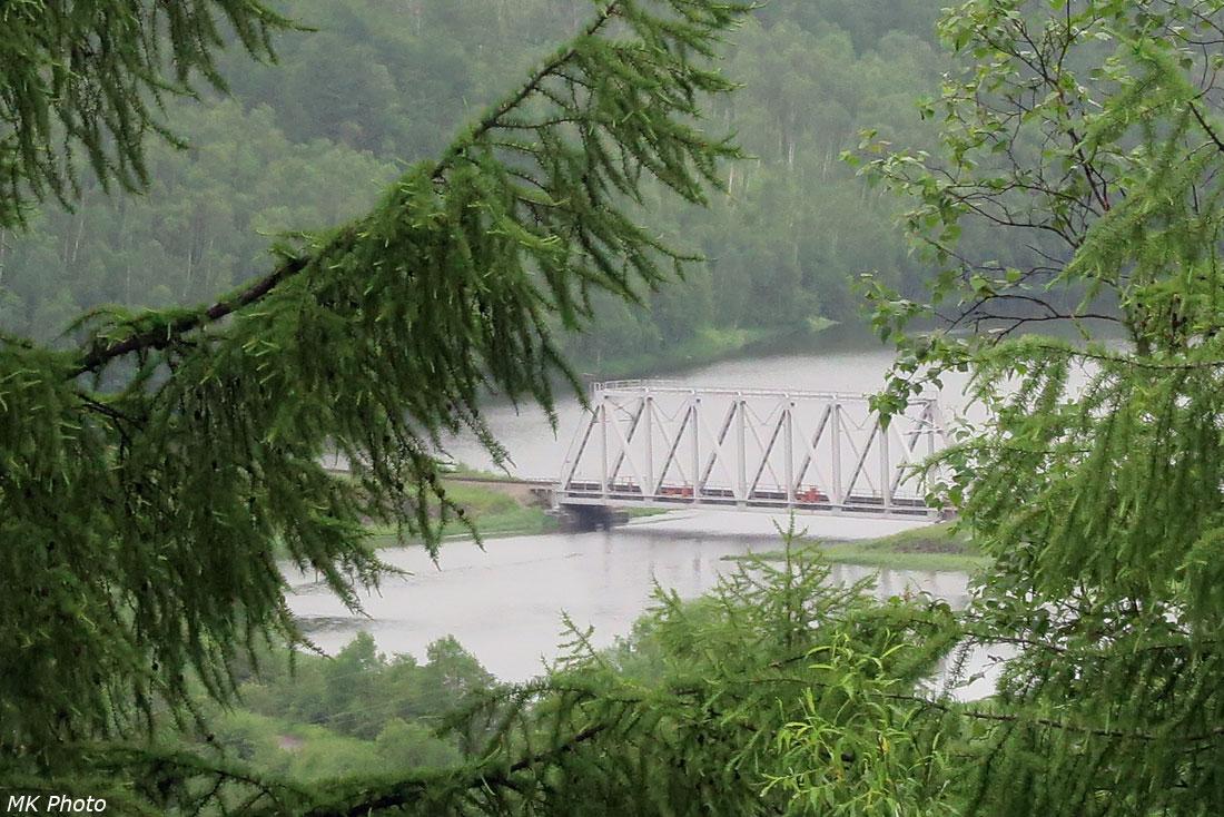 Мост через р. Май