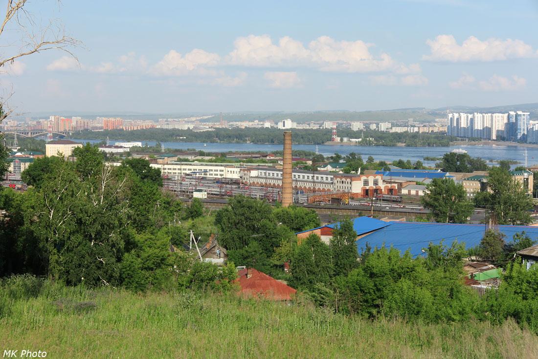Вид с горы на ст. Красноярск-Пасс.
