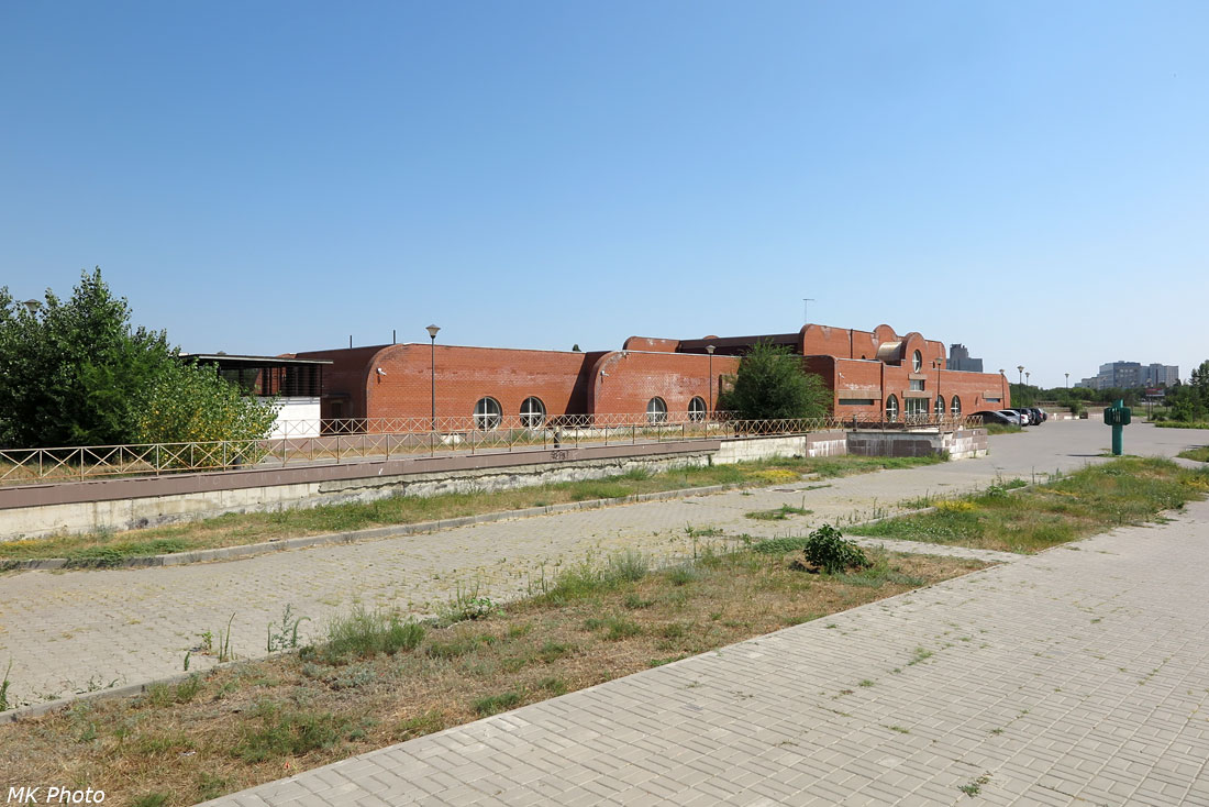 Станция скоростного трамвая Ельшанка