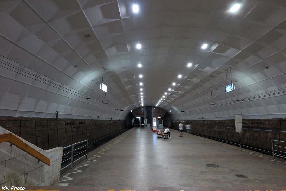 Станция скоростного трамвая Площадь Ленина