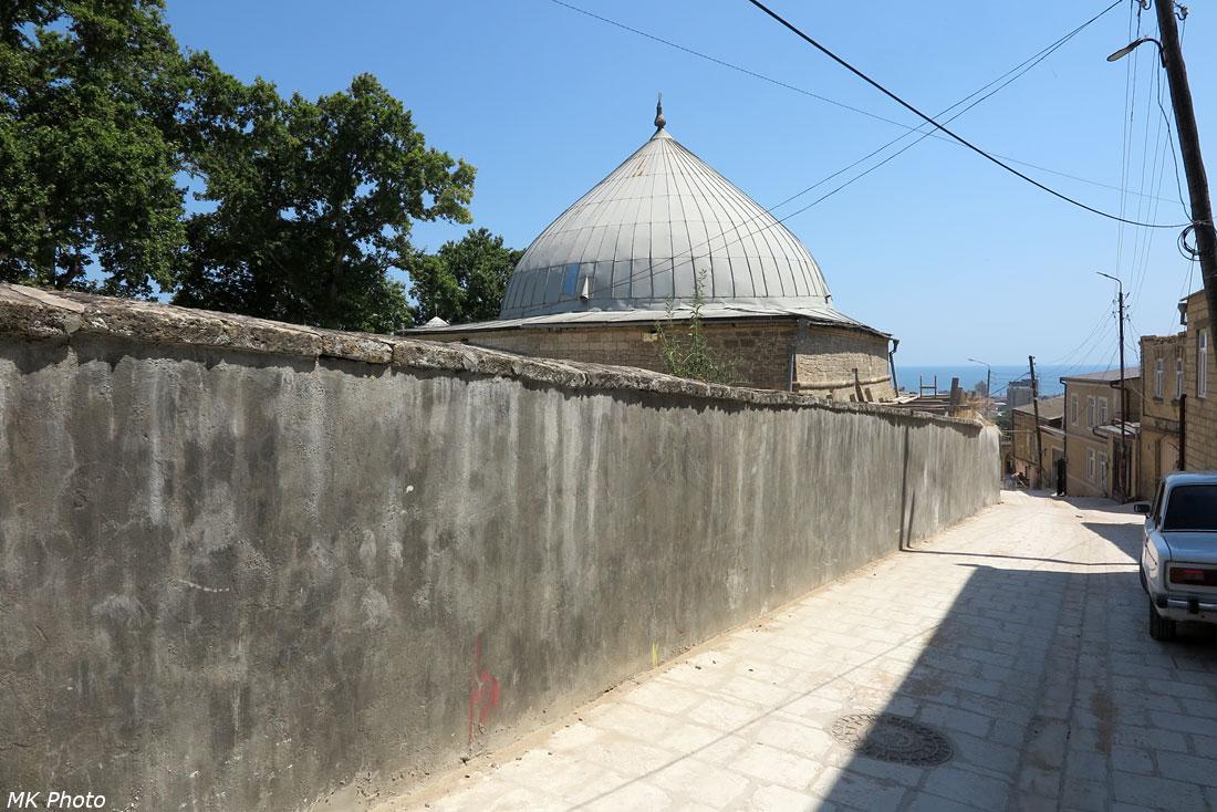 Внешняя стена Джума-мечети
